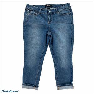 Torrid cropped stretch jeans Capri plus size 14